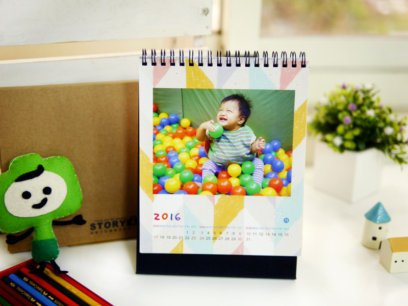 客製月曆最特別 自製桌曆印刷 桌曆製作