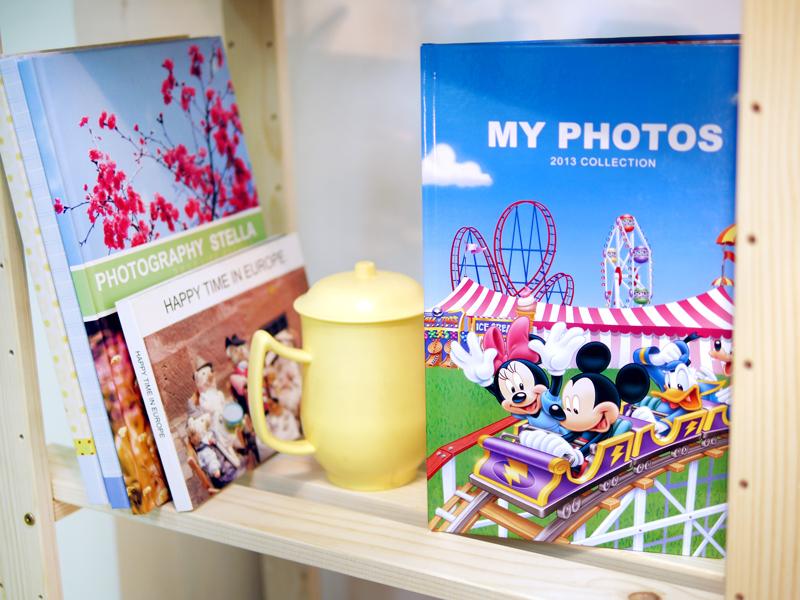 快來製作米奇相片書,書櫃裡可別少了他,一起進入米奇的歡樂世界