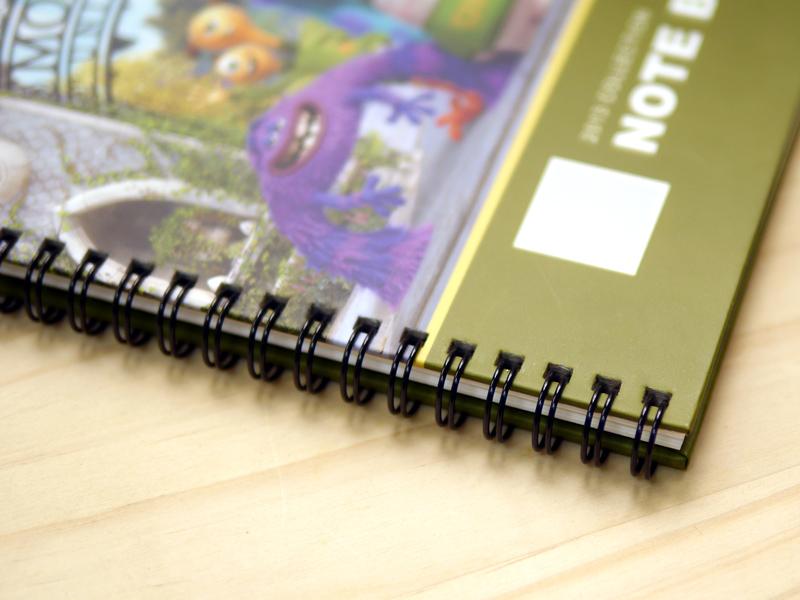 迪士尼系列客製化筆記本,線圈設計,內頁可180度攤平,好書寫