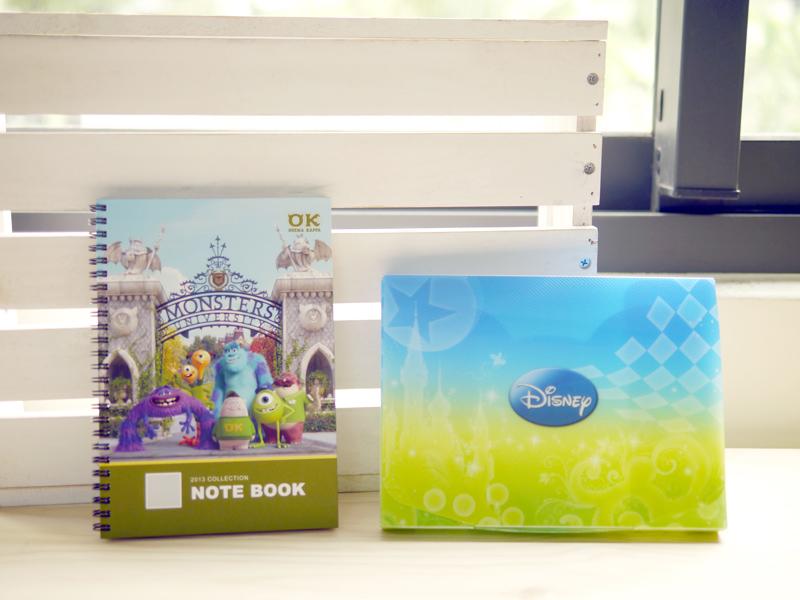 迪士尼系列客製化筆記本,外盒採用迪士尼系列保護盒,送禮自用兩相怡