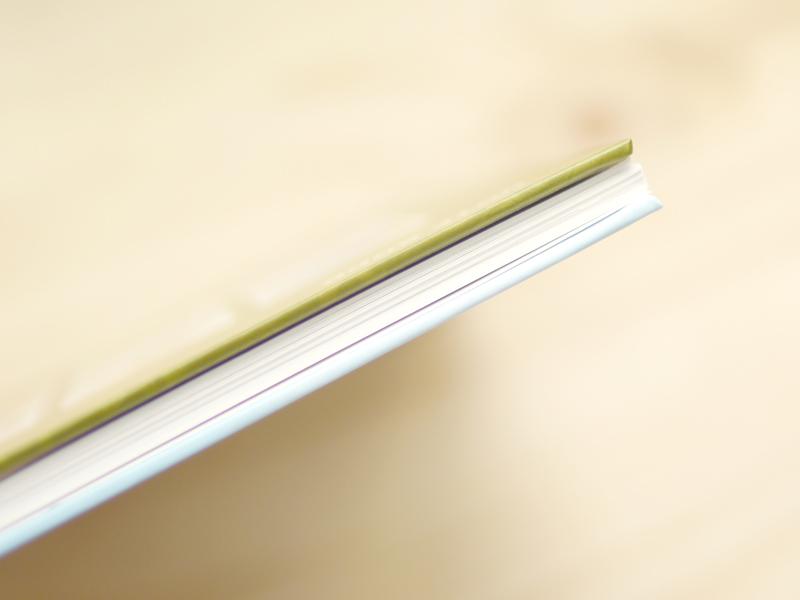 迪士尼系列客製化筆記本,硬殼封面好質感,輕便又堅固,保護內頁不受損