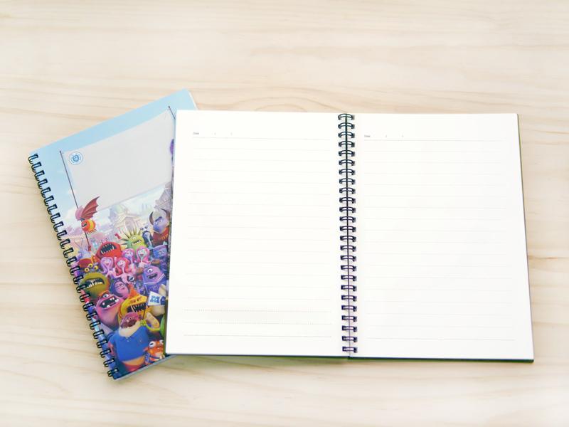 迪士尼系列客製化筆記本,內頁模造紙,好書寫,樣式採橫線設計