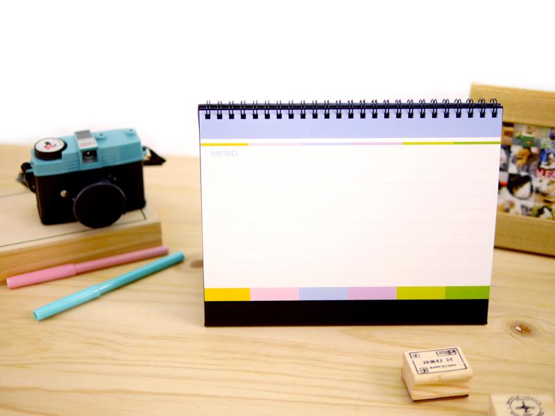 迪士尼米奇桌曆背面為備忘錄,紙張使用輕塗紙,好書寫
