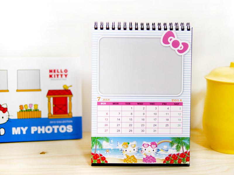 2014年Hello Kitty桌曆,特別採用固定式設計,符合當月主題